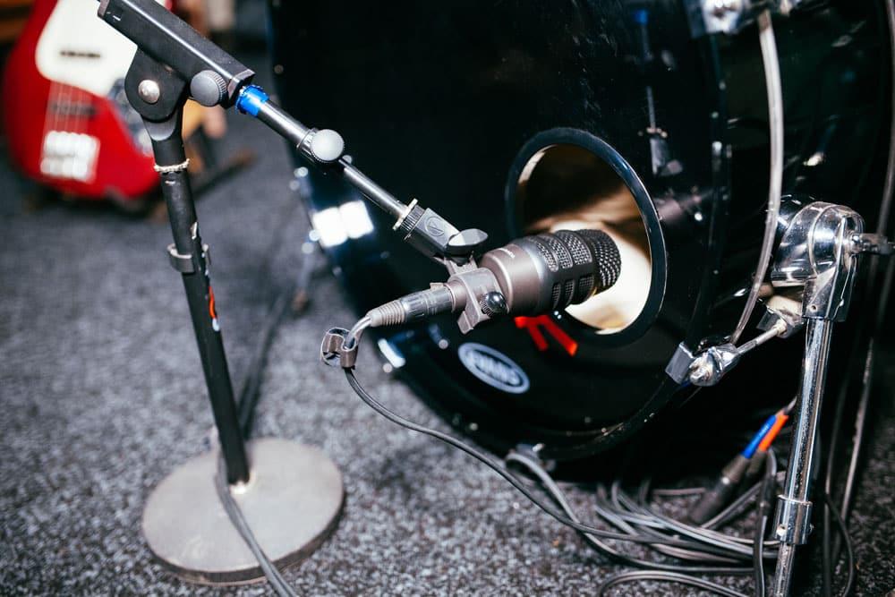 Audio-Technica ATM250DE. Студия звукозаписи Харьков. Driben Records.